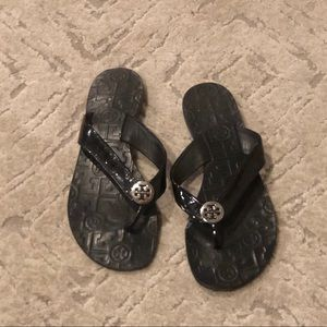 Tory Burch. Patent leather. Flip flops